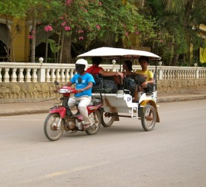 Avoid Tuk Tuk and Taxi Scams